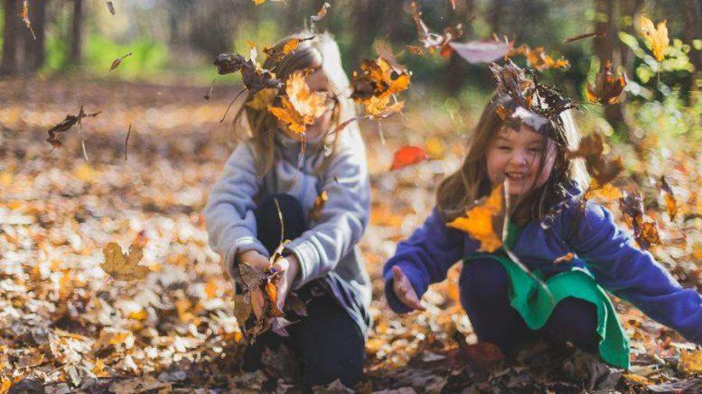 Autunno e Bambini: come intrattenere i tuoi figli